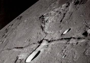 bulan1.jpg