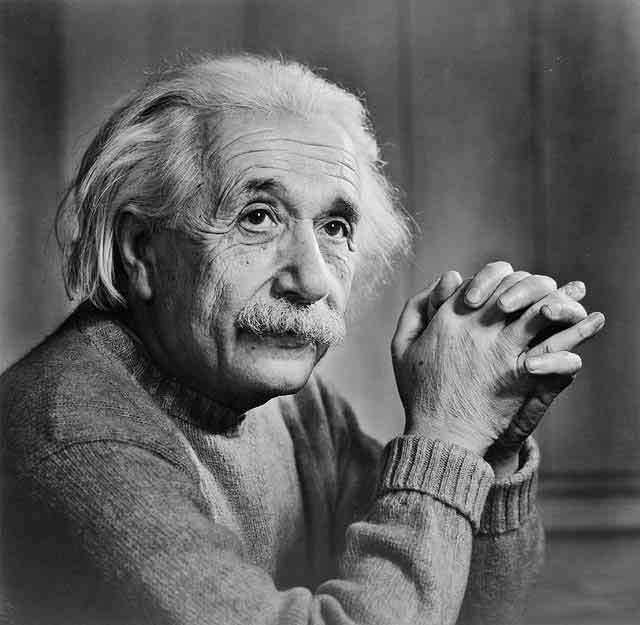 http://moeflich.files.wordpress.com/2011/01/alberteinstein1.jpg